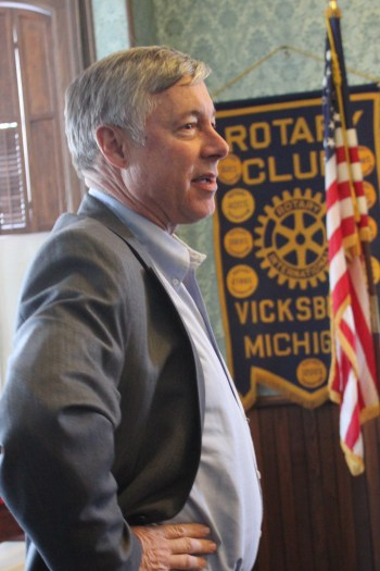 Congressman Fred Upton speaking at the Vicksburg Rotary Club meeting in February.