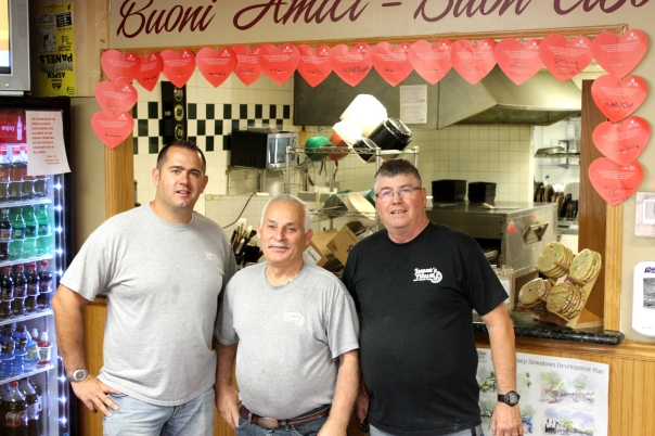 Todd Glenn, Jaspare, and Ron Glenn. Photo by Sheryl Oswalt.