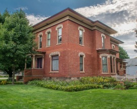 Bill and Bobbi Truesdell restored this Italianate home in Schoolcraft to its original grandeur.