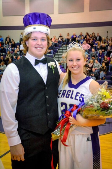 schoolcraft-homecoming-kind-and-queen