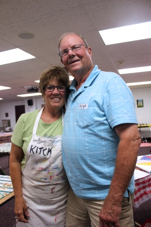 Kitch and Hugh Rinehart have been the founders and leaders of the Vicksburg area Quilt Trail. Here they teach the last class to be held for others who want to paint a quilt for their own use.
