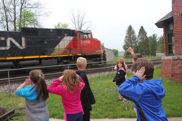 train with kids