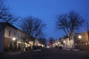 Downtown Main Street in Vicksburg at dusk.