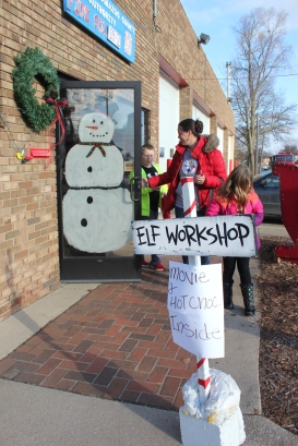 There will be lots of children's activities during Christmas in the Village. Games at the Community Center, entertainment in Oswalt Park, open houses at various stores, trains at the Historic Village and tours at the fire station at the corner of S. Main and Washington Streets.
