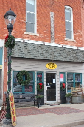 Grand Antique Gallery in Schoolcraft will host an open house for people on the Christmas Walk.
