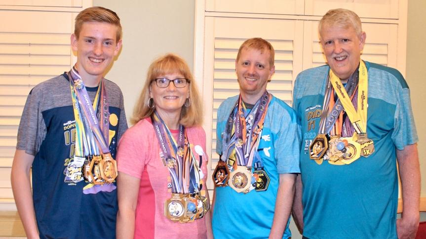 Manski family runners