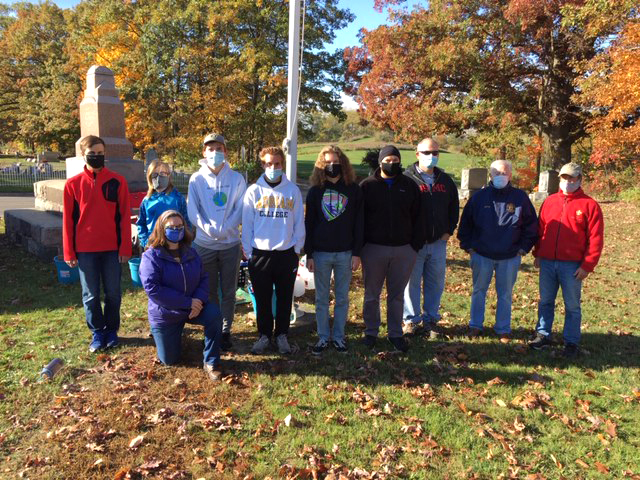 Troop 211's cleaning project crew at Vicksburg Cemetery.