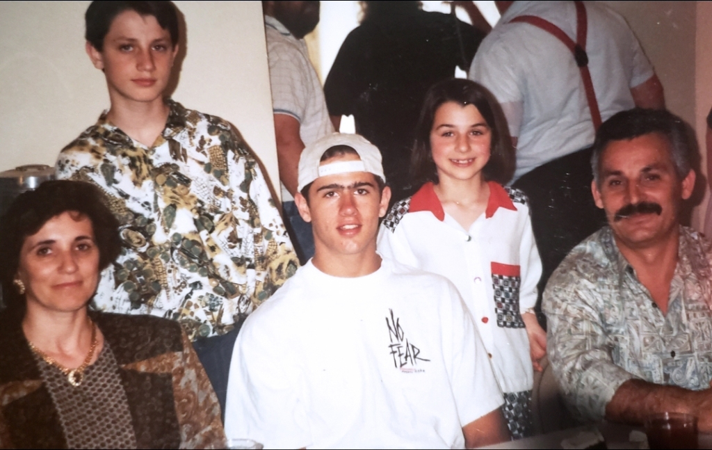 Todd Glenn (in the white backwards hat) and the Scavone family in 1992.
